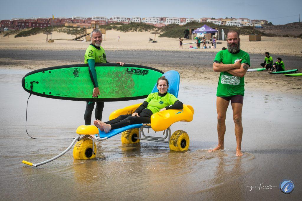 Surf adaptado en Fuerteventura